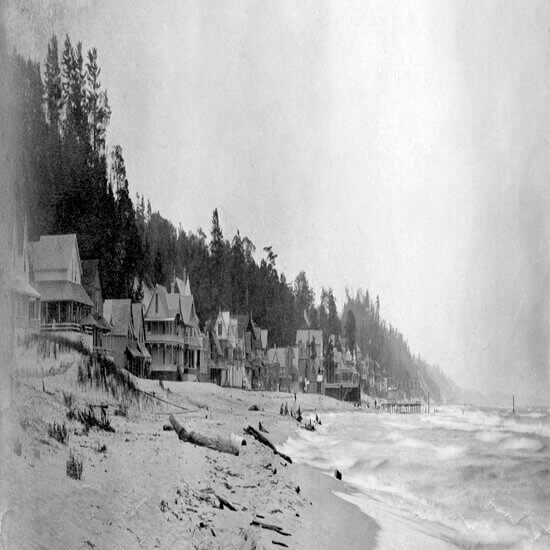 About 1900 Macatawa cottages